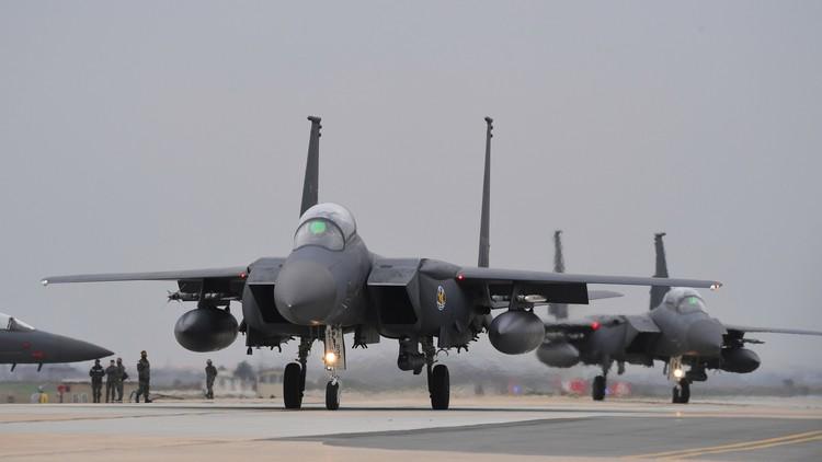 Corea del Sur ensaya un bombardeo en respuesta al misil lanzado por Pionyang