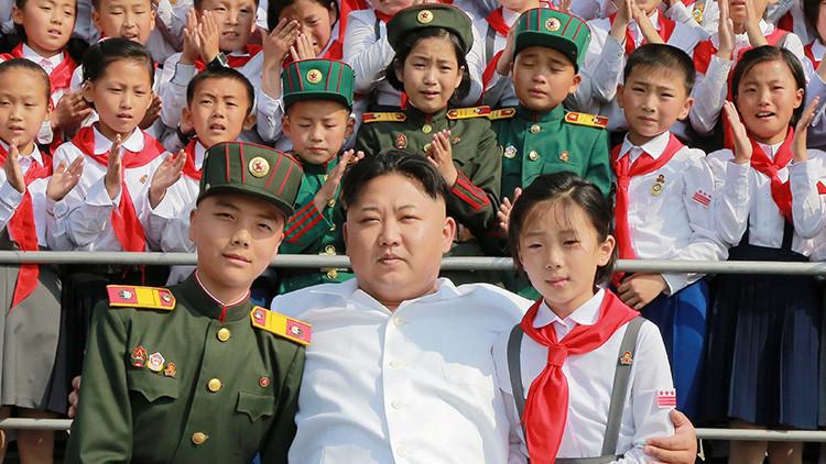 """""""En Corea del Norte se enseña desde los 3 años a prepararse para la invasión estadounidense"""""""