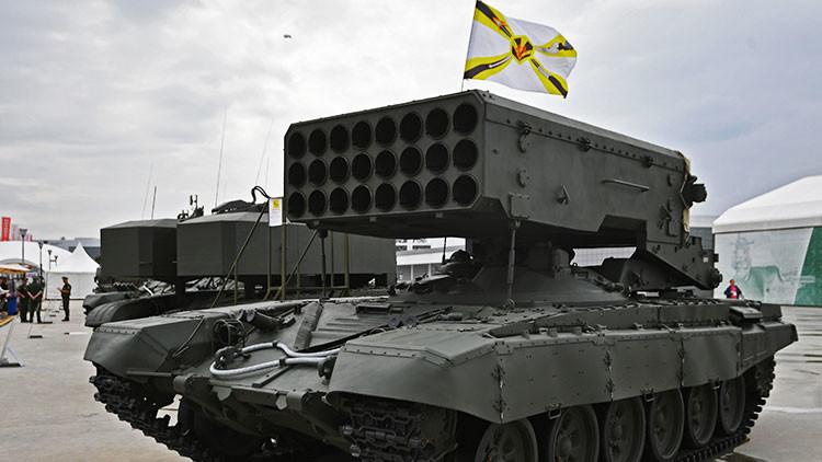 VIDEO: Artilleros rusos se entrenan con el destructor sistema de lanzallamas pesado Solntsepiok