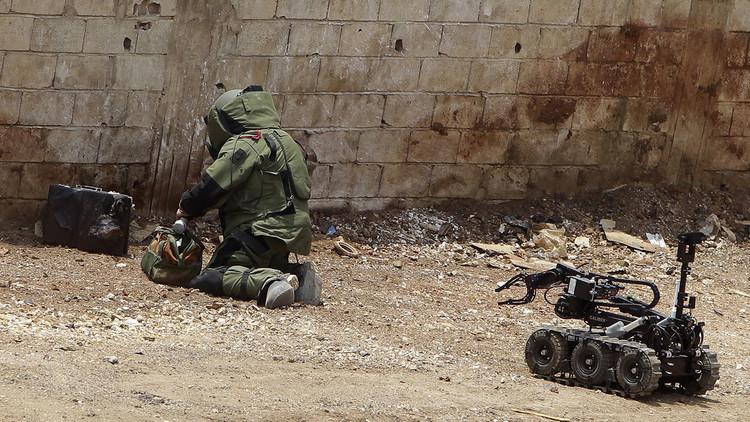 Estudiantes bolivianos crean un robot para detectar minas antipersonales