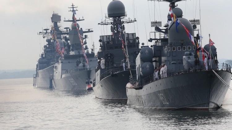 VIDEO: Decenas de buques de la Flota del Báltico, puestos a prueba para la guerra