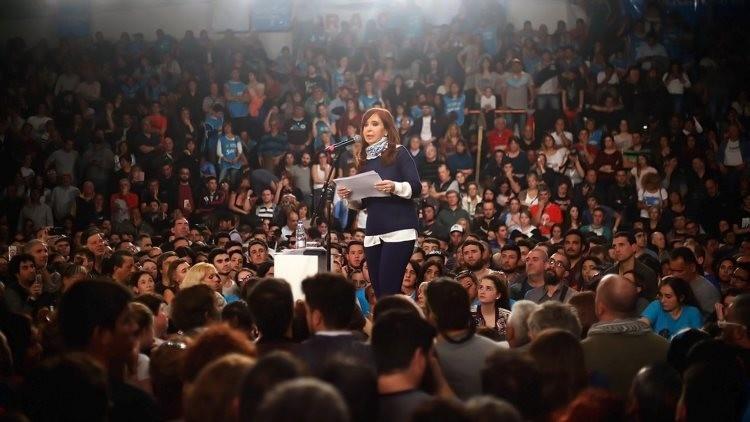 Kirchner denuncia que hubo fraude por parte del Gobierno argentino en las primarias legislativas