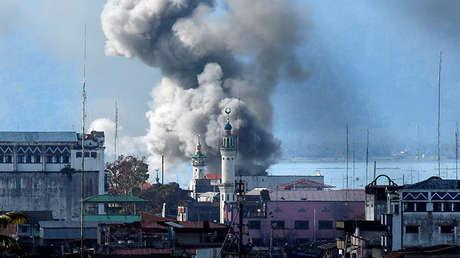 Una explosión en Marawi, Filipinas, 27 de junio de 2017.