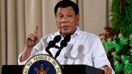 El presidente de Filipinas, Rodrigo Duterte, asiste a una ceremonia de entrega de premios en el Palacio de Malacanang, Manila