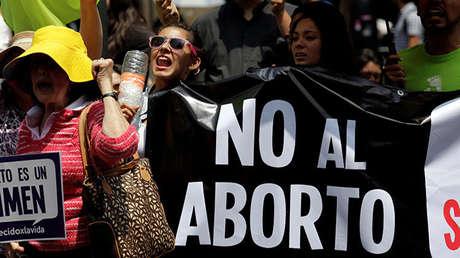 Manifestantes contrarios al aborto en México, el 29 de junio de 2016.