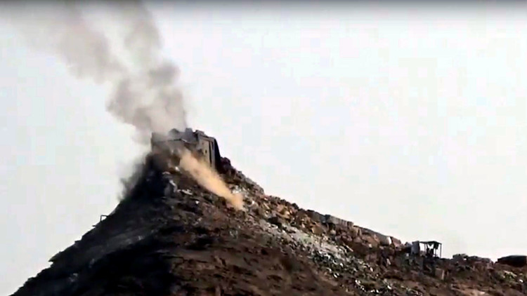 Video: Militantes hutíes destruyen una 'inexpugnable' fortaleza saudita