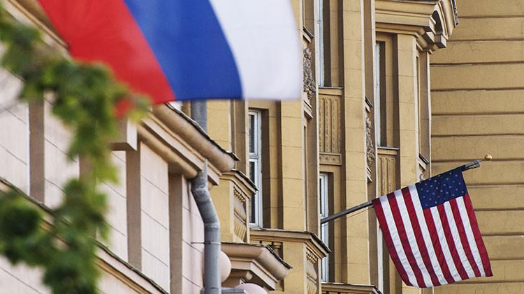 """Putin: """"Rusia se reserva el derecho a una mayor reducción del número de diplomáticos de EE.UU."""""""