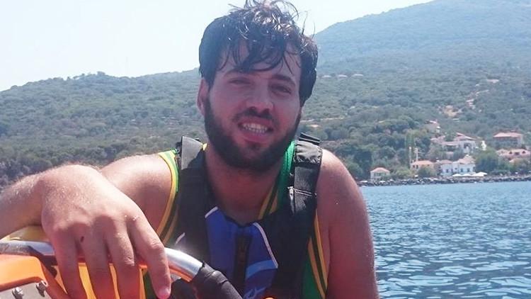La increíble odisea de Omar, el refugiado sirio que llegó nadando de Turquía a Grecia