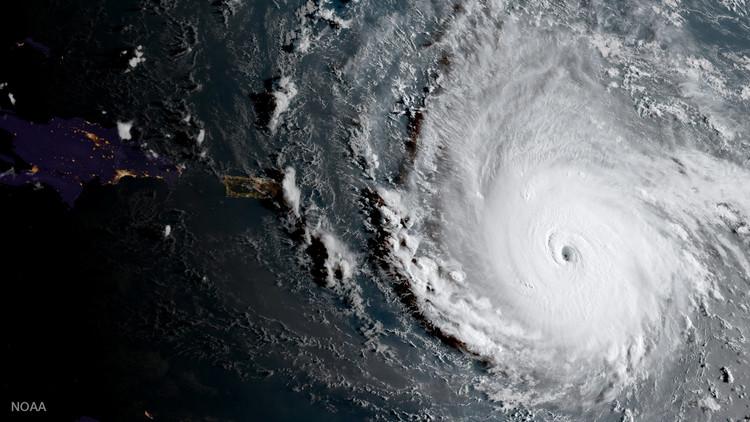 Irma, el huracán más potente formado en el Atlántico, toca tierra en islas del Caribe