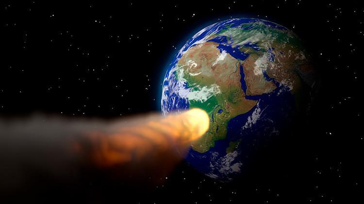 VIDEO: Captan una misteriosa bola de fuego sobre el cielo de Canadá
