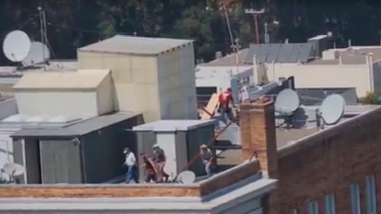 VIDEO: Los estadounidenses 'se adueñan' del Consulado de Rusia en San Francisco