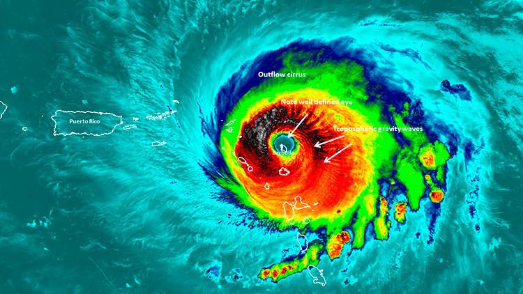 FOTO: Una imagen única de la NASA muestra la isla de Barbuda en el ojo del huracán Irma