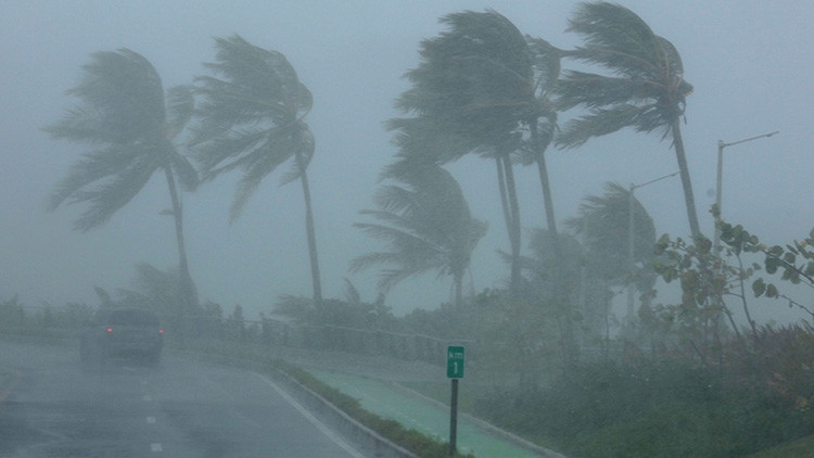 La tormenta Katia también alcanza nivel de huracán frente a la costa de México