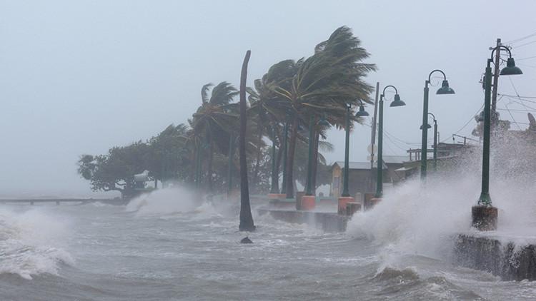 Las claves: tres huracanes azotan a la vez el Golfo de México y el Caribe