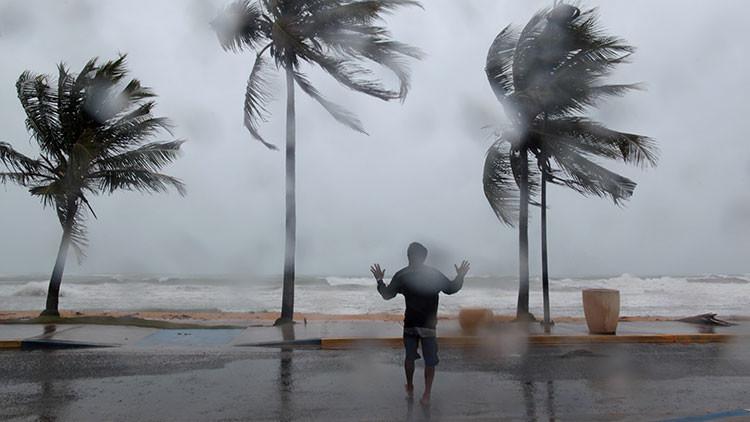 La increíble y polémica versión sobre el origen del temible huracán que azota al Caribe