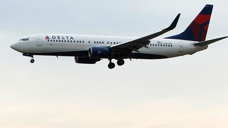 Un avi n de delta air lines desaf a en dos oportunidades al hurac n irma rt - Que peut on emmener en avion ...