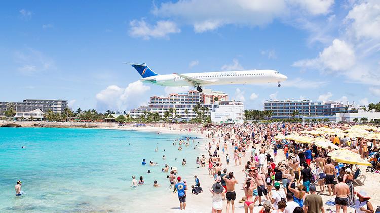 FOTO: Así quedó tras el huracán Irma la playa más famosa de la isla de San Martín