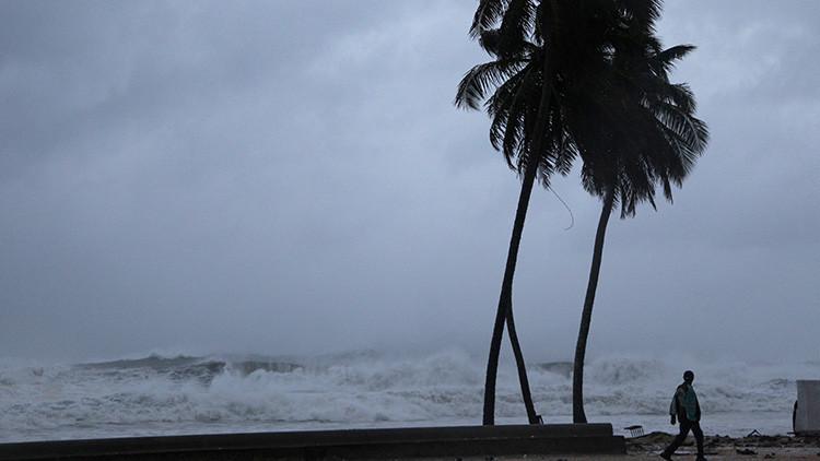 El huracán José alcanza la categoría 3 en el Atlántico