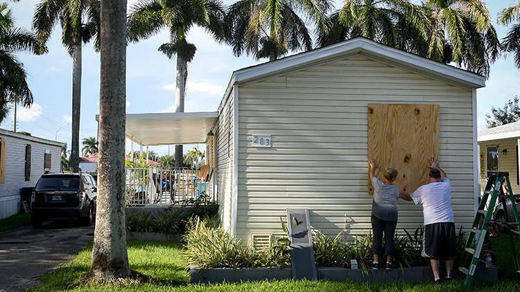 """""""Irma se convertirá en uno de los huracanes más infames"""": meteorólogo teme 'lo peor' para Florida"""
