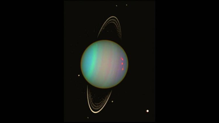 Un satélite deforma un anillo de Urano (y ahora los científicos esperan un fuerte choque)