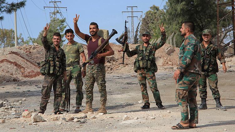 El Ejército sirio rompe el cerco del aeródromo militar de Deir ez Zor