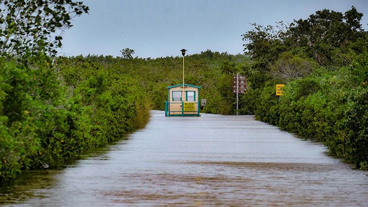 Varios depósitos con desechos tóxicos en Florida podrían verse afectados por el huracán Irma