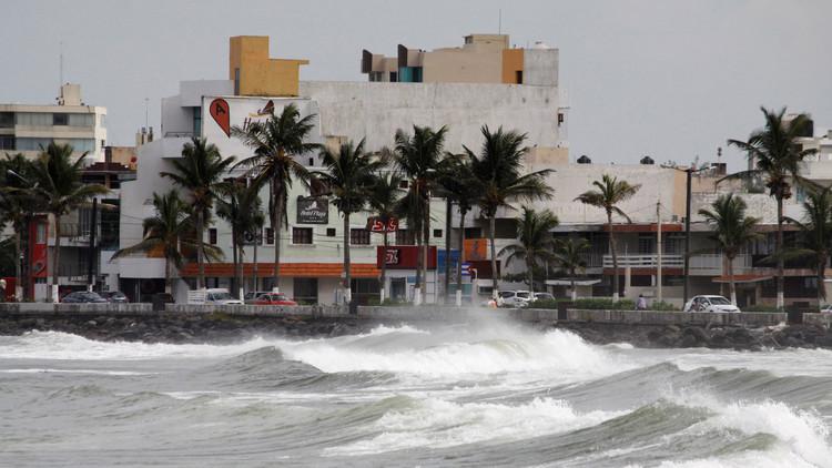 México no enviará ayuda a Texas por los estragos del sismo y el huracán Katia