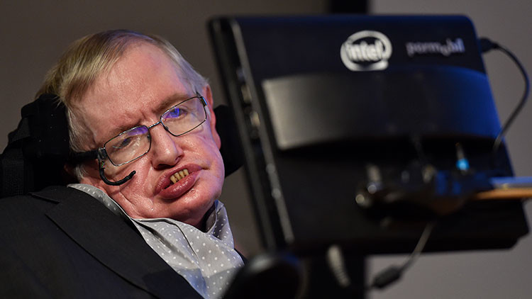 Hawking: La humanidad tendrá que abandonar la Tierra en los siguientes 100 años