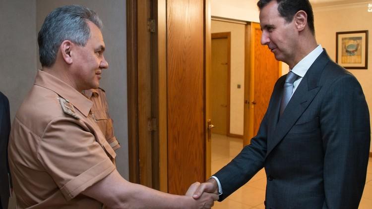El ministro de Defensa ruso se reúne con Al Assad para discutir operaciones militares en Siria