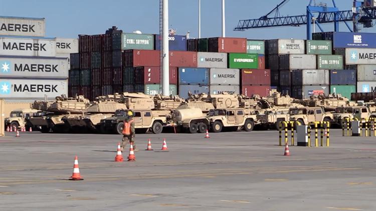 EE.UU. envía equipo bélico a Polonia para reforzar su presencia cerca de Rusia (video)