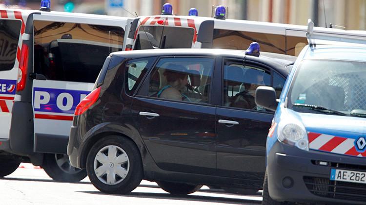 "Un hombre ataca a siete personas en Francia mientras grita ""Allahu Akbar"" (VIDEO)"