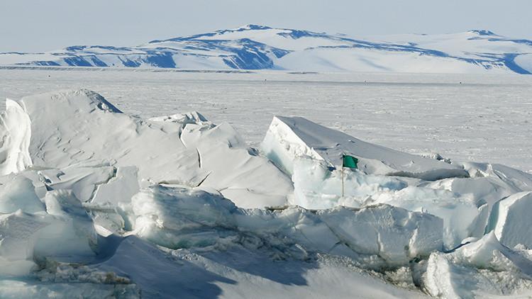 """""""Puerta a un nuevo y emocionante mundo"""": hallan un enigmático ADN en cuevas bajo el hielo antárctico"""