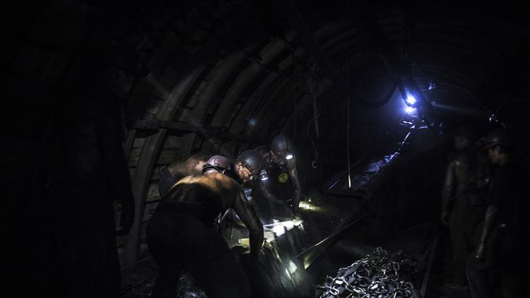 Muere una persona tras un desprendimiento en una mina de Rusia