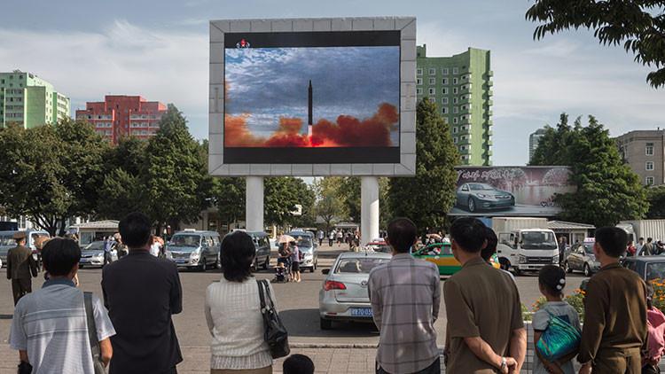 Medios: Un diplomático norcoreano y un exsubsecretario de Estado de EE.UU. se reunieron en Suiza