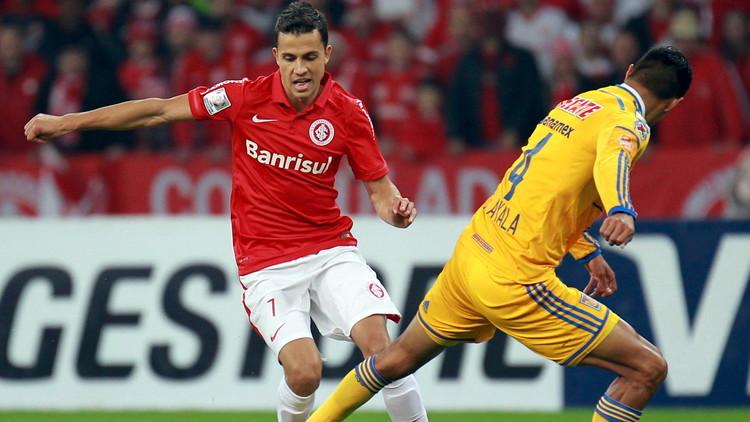 Exdelantero de la selección de Brasil interrumpe su carrera futbolística para tratar su depresión