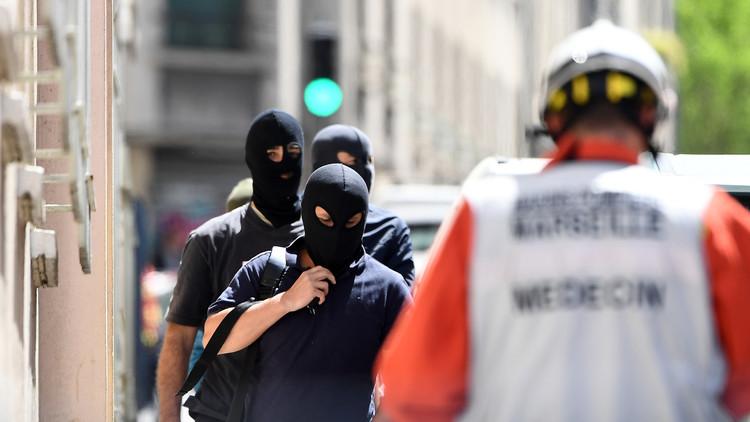 Francia: Mujer arroja ácido a cuatro turistas estadounidenses en Marsella