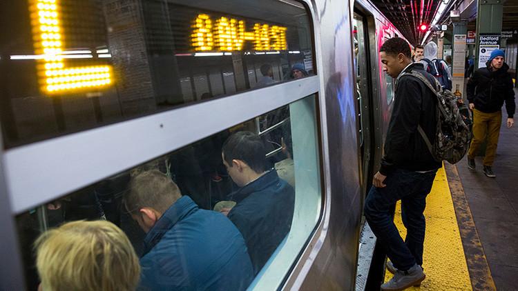 """Golpean en el metro de Nueva York a dos mujeres judías al grito de """"¡sucios musulmanes!"""""""