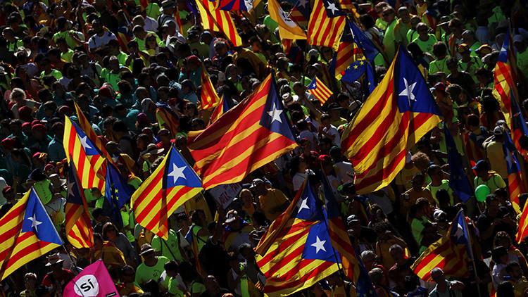 Suspender la autonomía de Cataluña: el PSOE ya no descarta apoyar esta drástica medida
