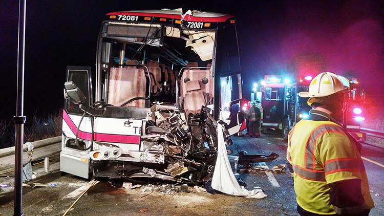 VIDEO: El momento exacto del choque mortal de dos autobuses en Nueva York