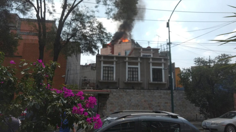 VIDEO: Fuerte explosión tras el terremoto de magnitud 7,1 en México