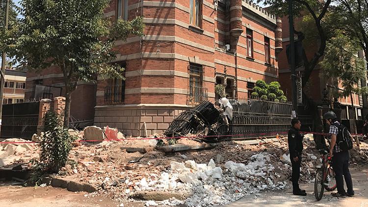 ATERRADORES VIDEOS: Así colapsan varios edificios en la Ciudad de México tras el terremoto de 7,1
