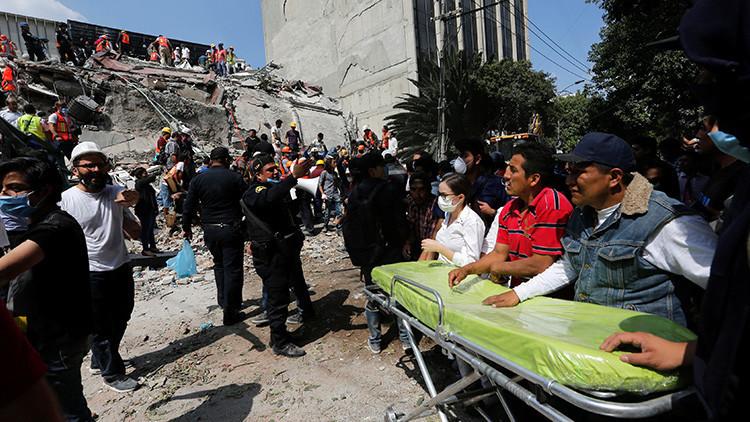 Al menos 217 muertos tras el terremoto en México