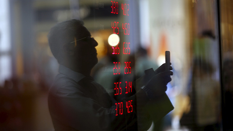 Standard & Poor's rebaja la calificación crediticia de China por primera vez desde 1999
