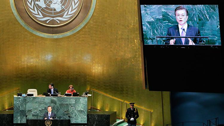 El presidente surcoreano insta a Pionyang a renunciar voluntariamente a sus ambiciones nucleares
