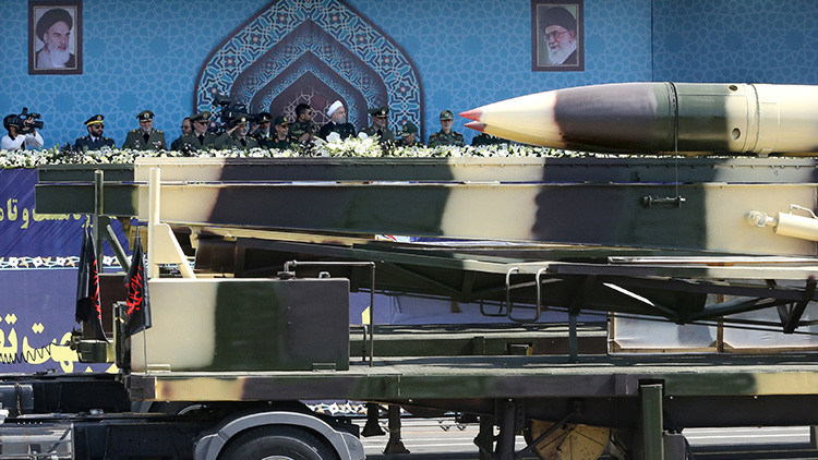 VIDEO: Irán realiza una prueba de su nuevo misil balístico