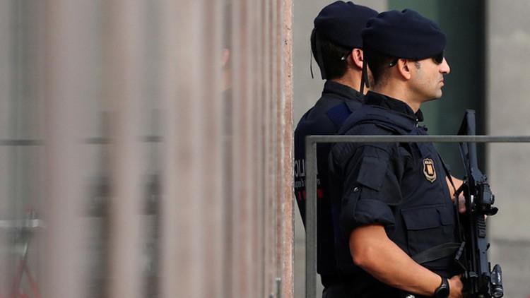 Grupos neonazis agreden a la presidenta de las Cortes de Aragón en Zaragoza