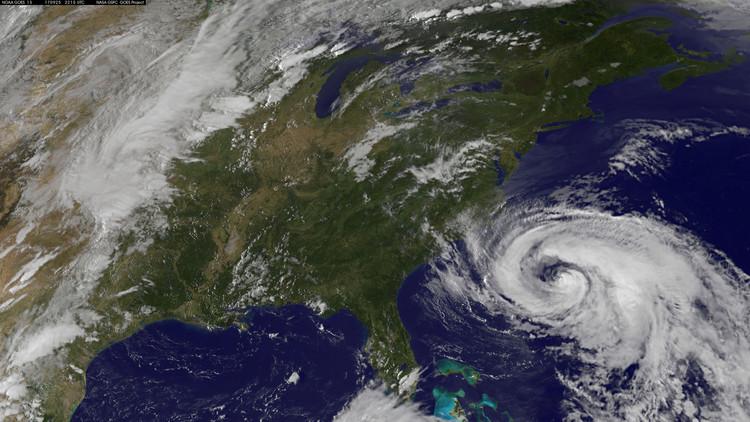 Imágenes satelitales revelan cómo el huracán María oscureció a Puerto Rico (FOTOS)