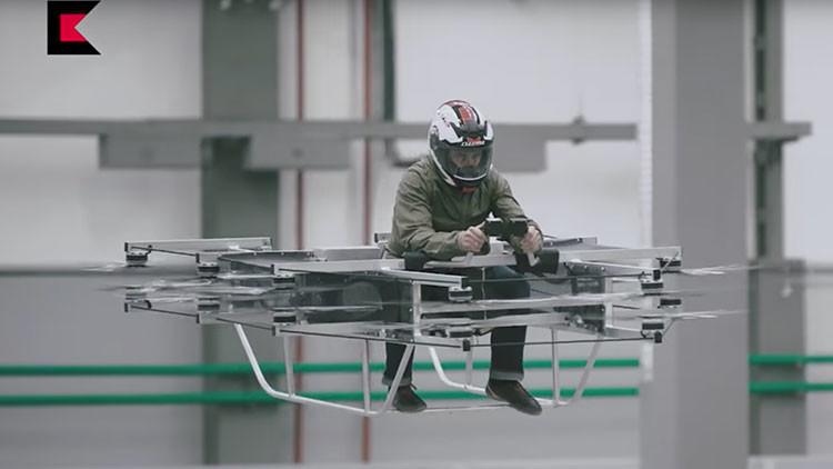 Video: Kaláshnikov presenta su concepto de auto volador