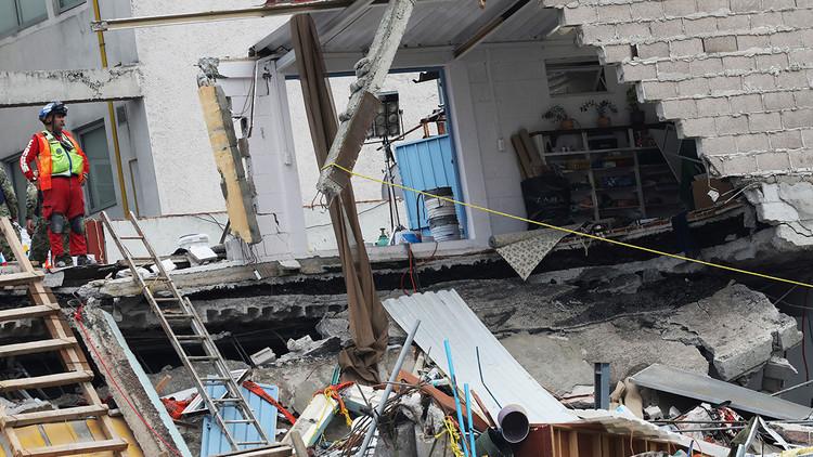 Un helipuerto ilegal deja sin casa a 50 familias en México después del sismo