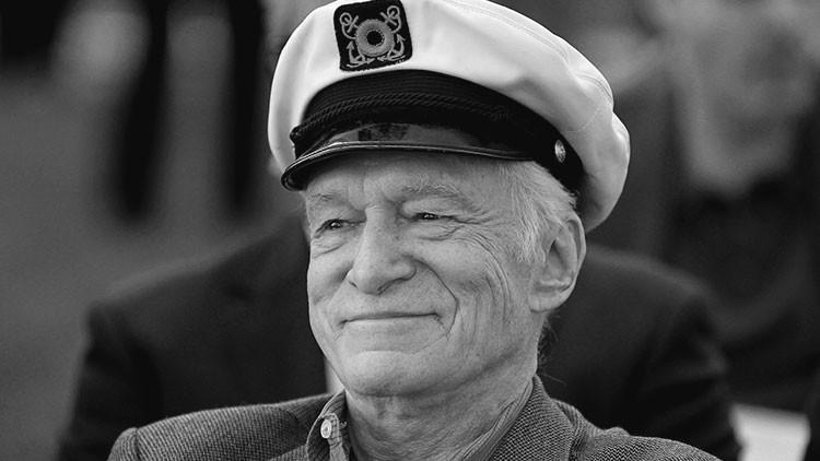 El creador de 'Playboy' descansará junto a la 'sex symbol' que lanzó su carrera (FOTO)